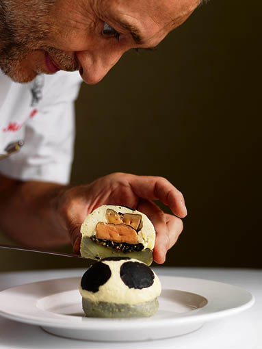 michel-roux-jr-serving-coeur-dartichaux-lucullus-a-le-gavroche-classic-artichoke-mousse-with-black-truffle-foie-gras-and-chicken