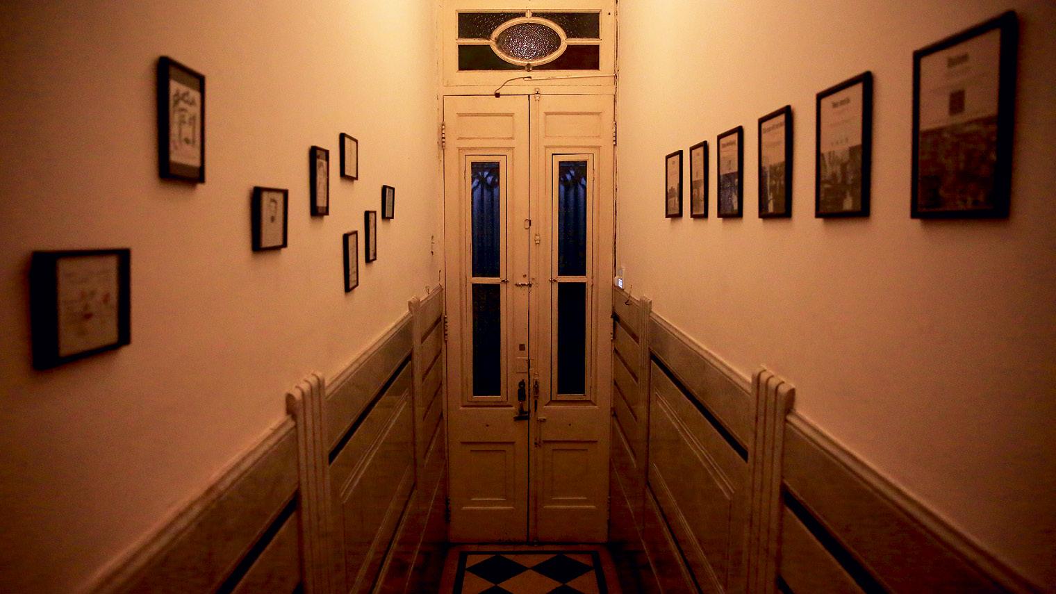 Entrance to Palermo establishment Ocho Once
