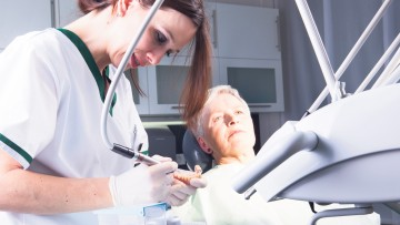 Older people and oral healthcare