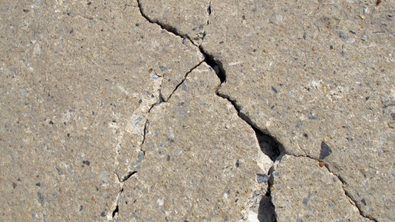 Building innovation: self-healing concrete avoids cracking