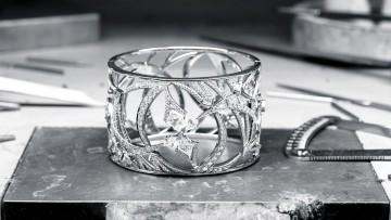 Boodles diamond cuff