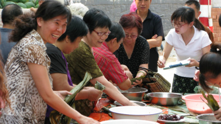 Sticky-rice making competition, Jinan