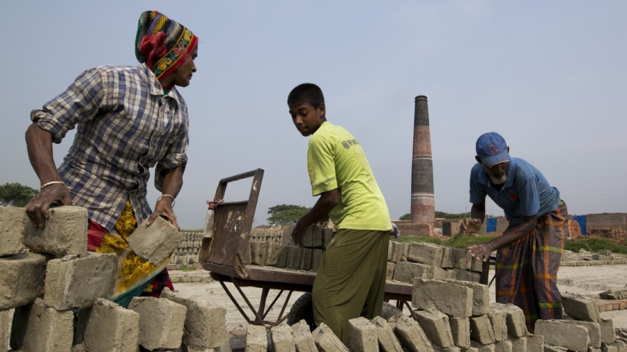 Bricks Field Workers In Bangladesh