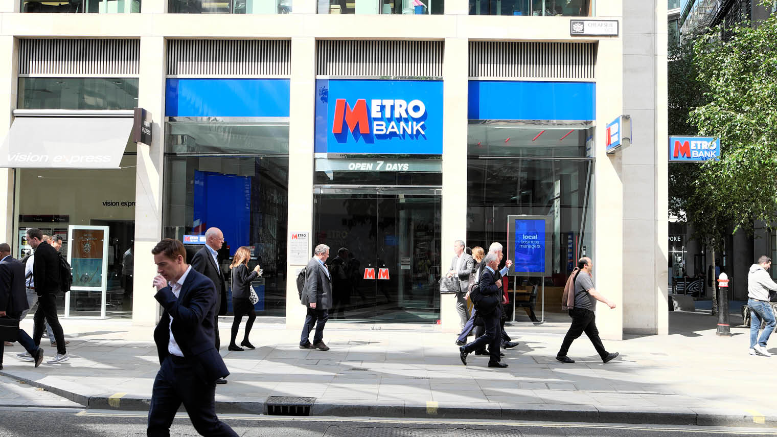 Metro Bank storefront