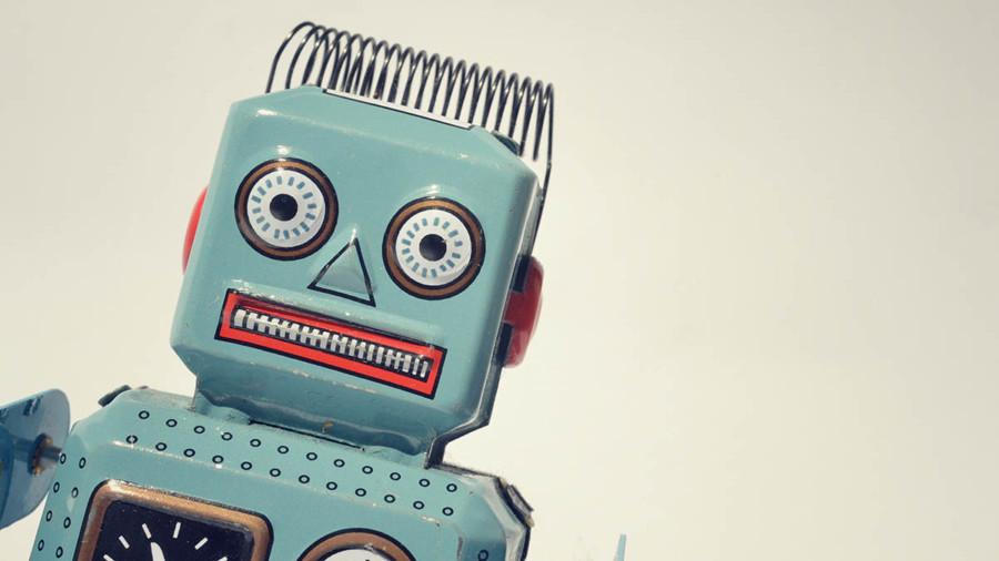 Retro tinplate robot