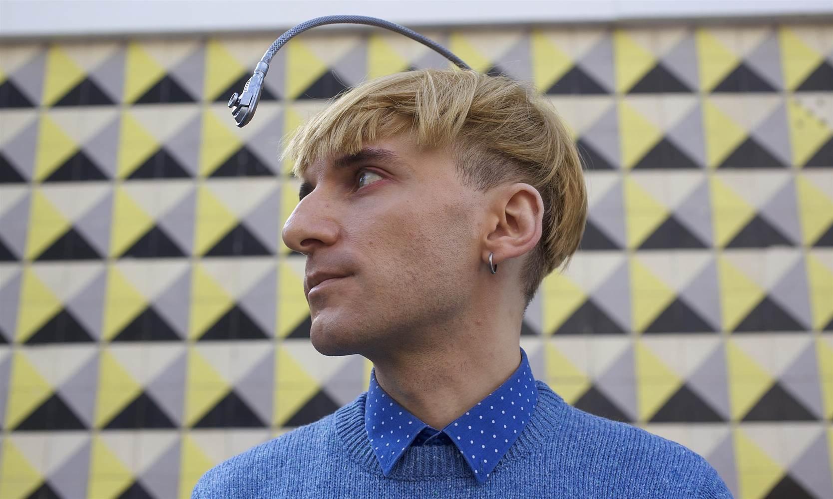 Neil Harbisson antenna