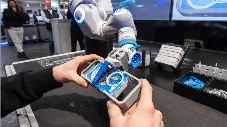 Festo's pneumatic, lightweight Bionic Cobot at the Hanover Fair