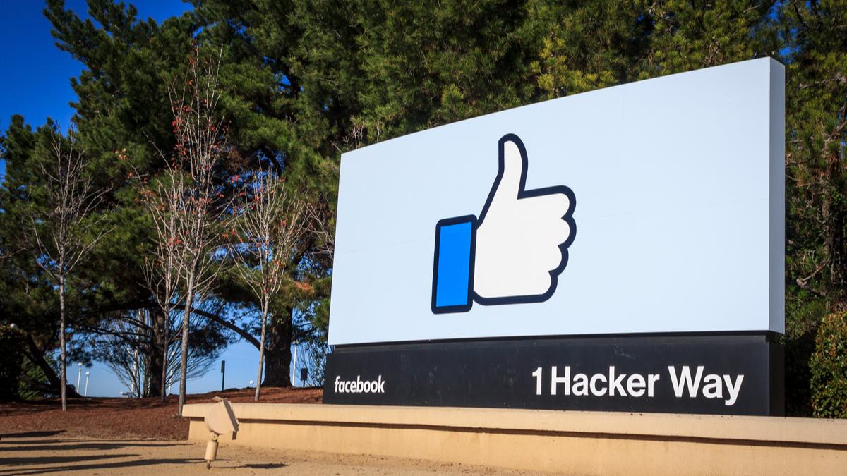 Facebook shares fall