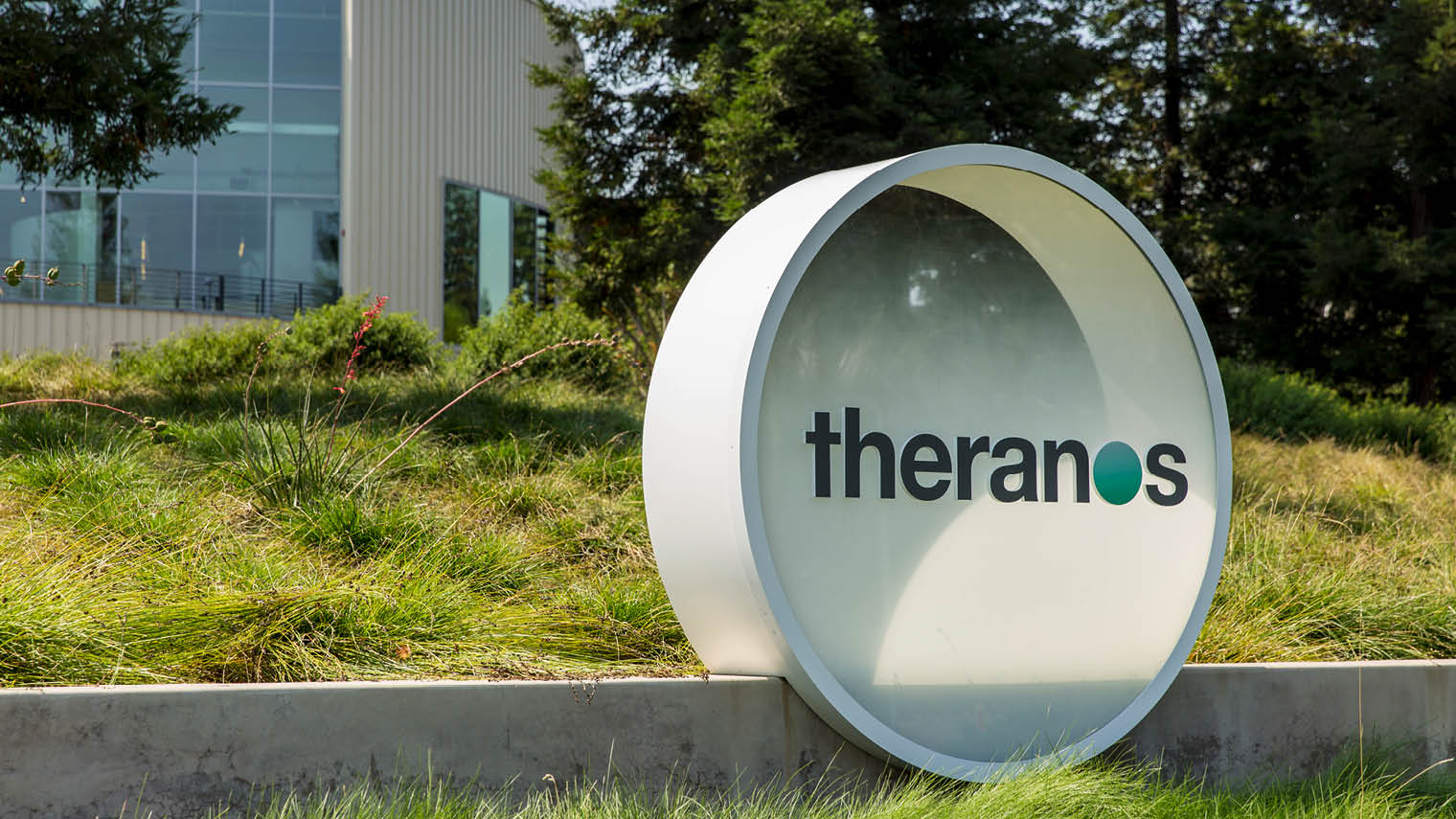 Theranos How One Woman Fooled Her Way To The Top Of Silicon