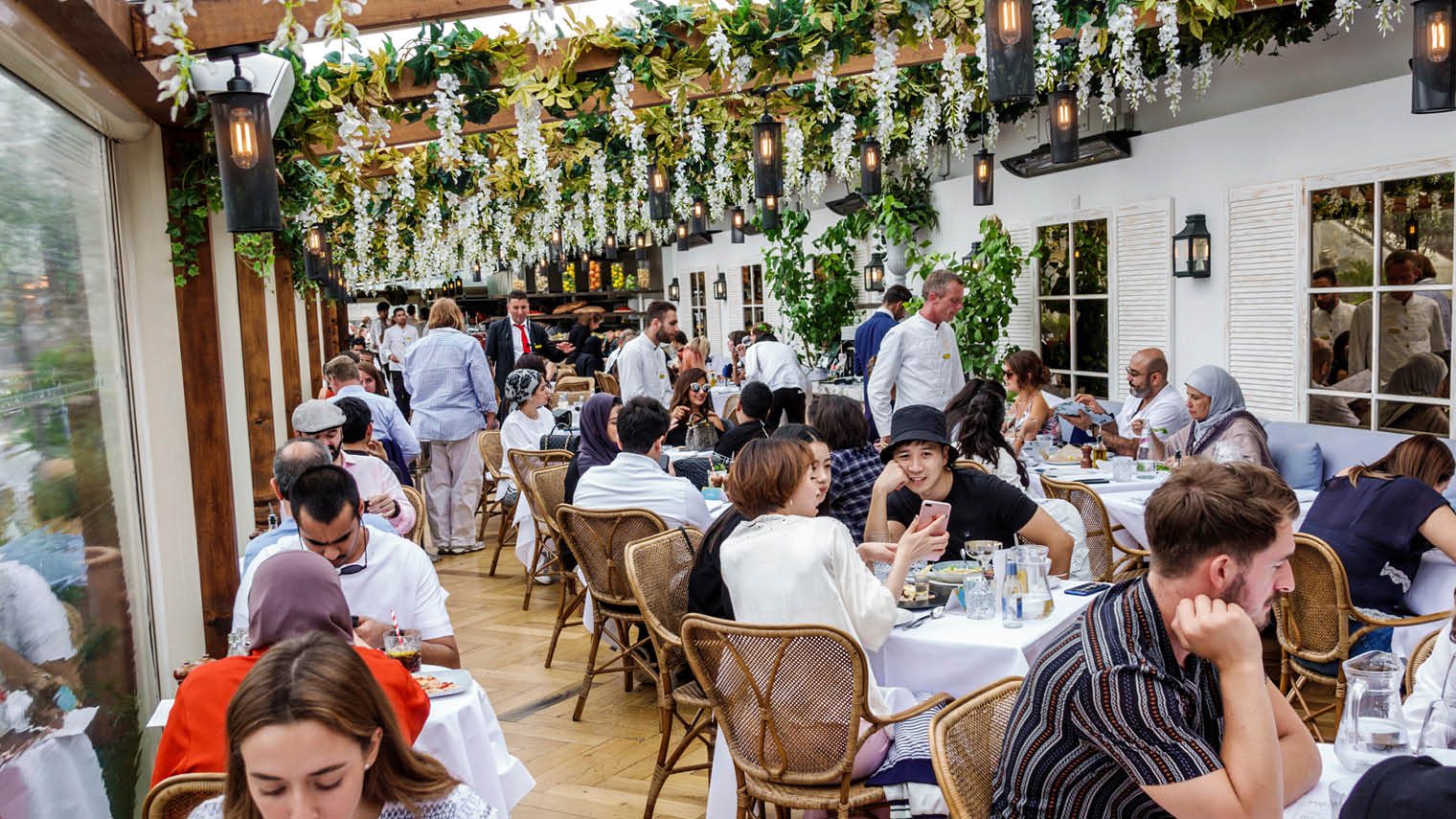 Restaurant renaissance: advice on how to revive an ailing