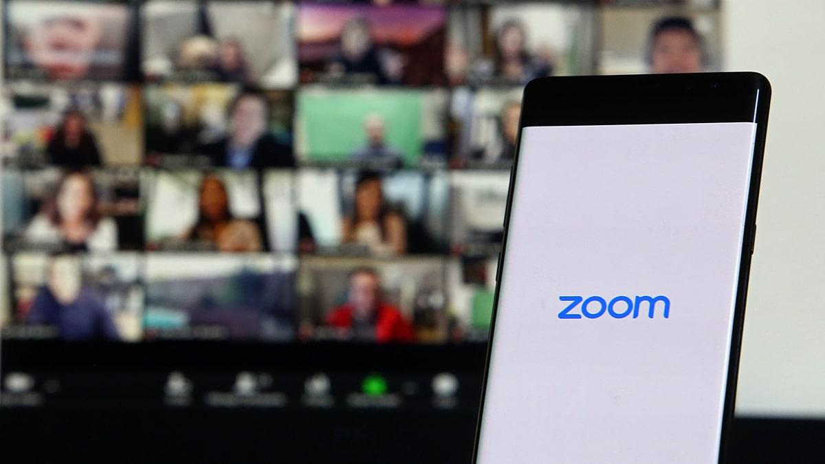Zoom CFO