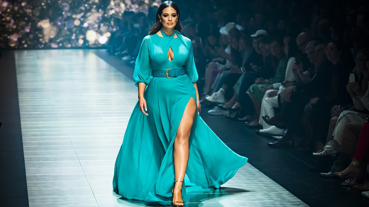 Plus-sized model Ashley Graham on the runway at Melbourne Fashion Festival in 2019